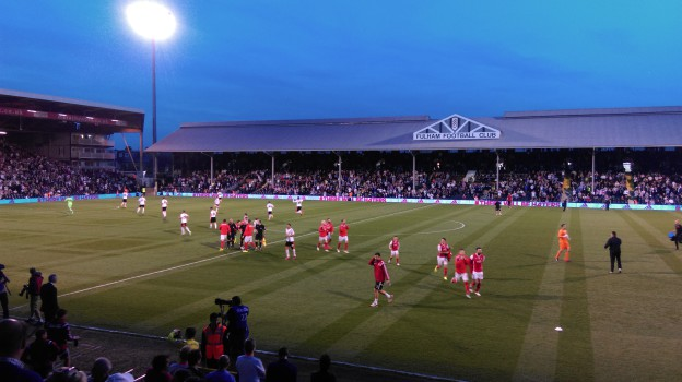 Craven Cottage Haupttribüne